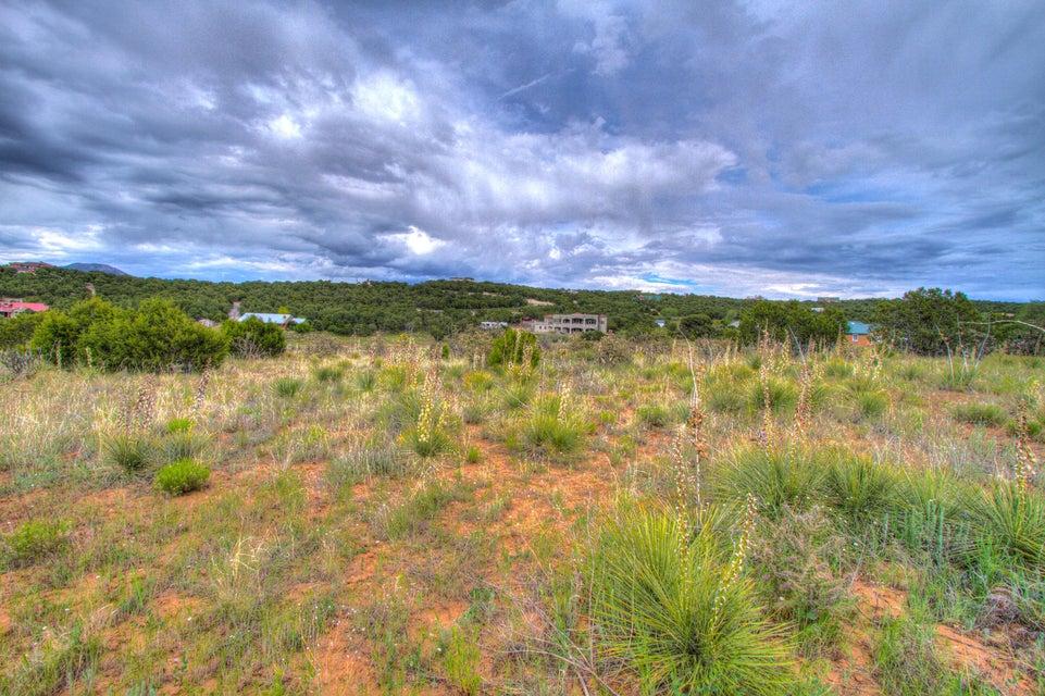 61 Vallecitos Loop, Tijeras, NM 87059