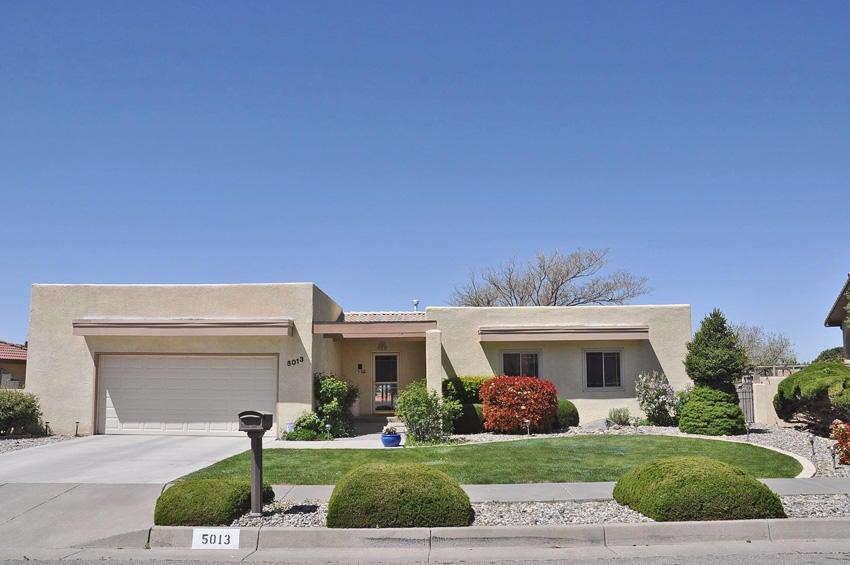 5013 Calle Alta NE, Albuquerque, NM 87111