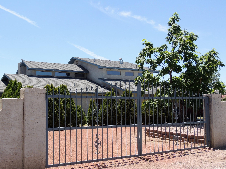 803 Alameda Road NW, Albuquerque, NM 87114