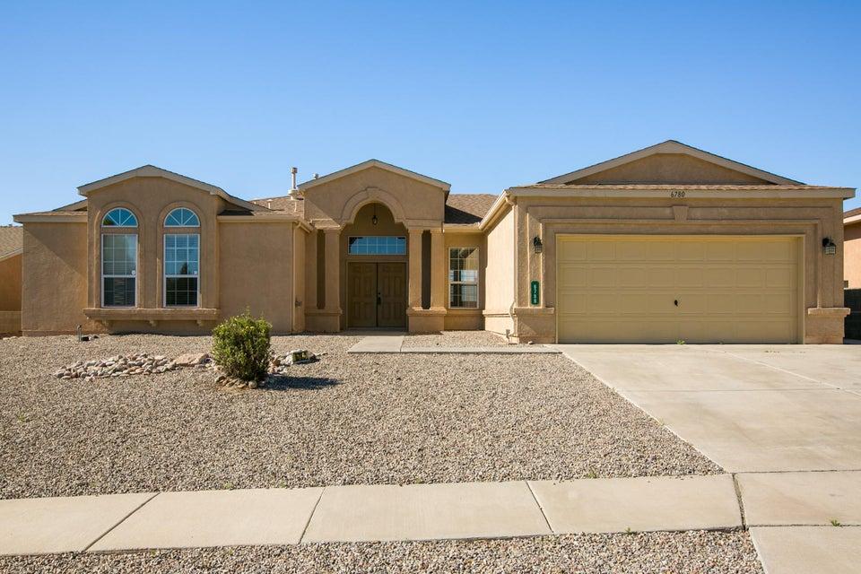 6780 Augusta Hills Drive NE, Rio Rancho, NM 87144