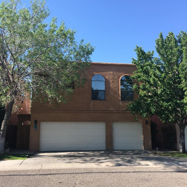 7242 Whippoorwill Lane NE, Albuquerque, NM 87109