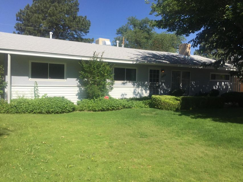 3125 Carolina Street NE, Albuquerque, NM 87110