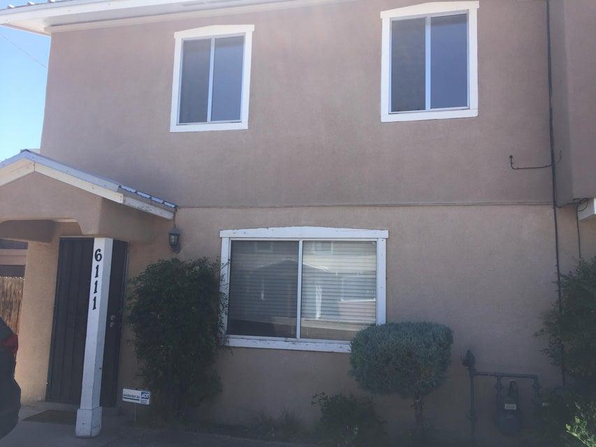 6111 Calle Nueve NW, Albuquerque, NM 87107