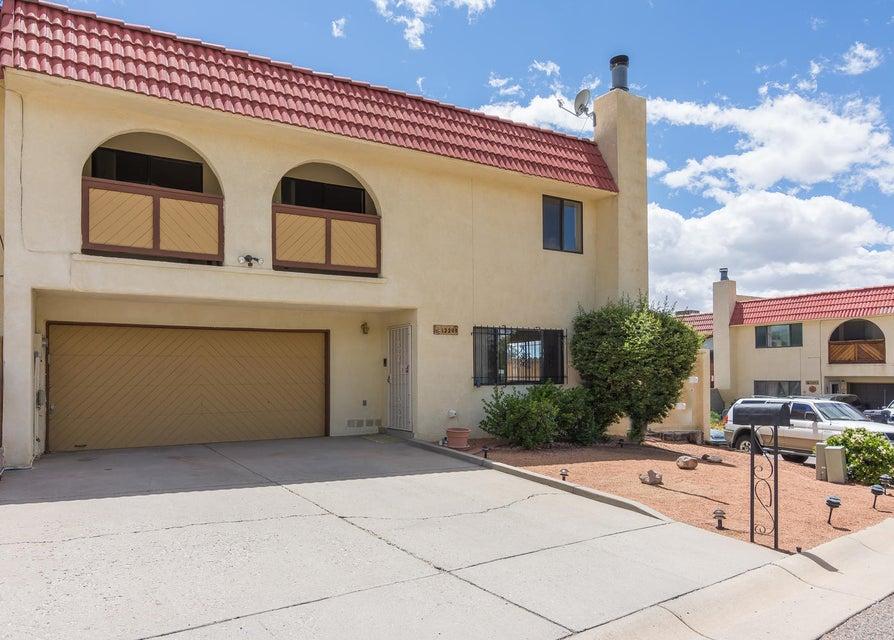 12208 Eric Court NE, Albuquerque, NM 87112