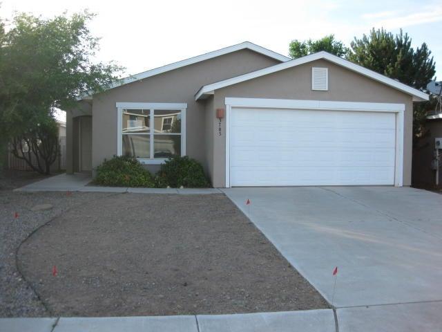 3785 Rancher Loop NE, Rio Rancho, NM 87144