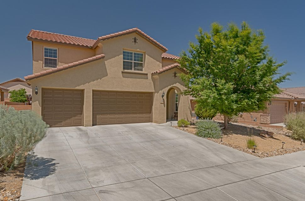 220 Valle Alto Drive NE, Rio Rancho, NM 87124