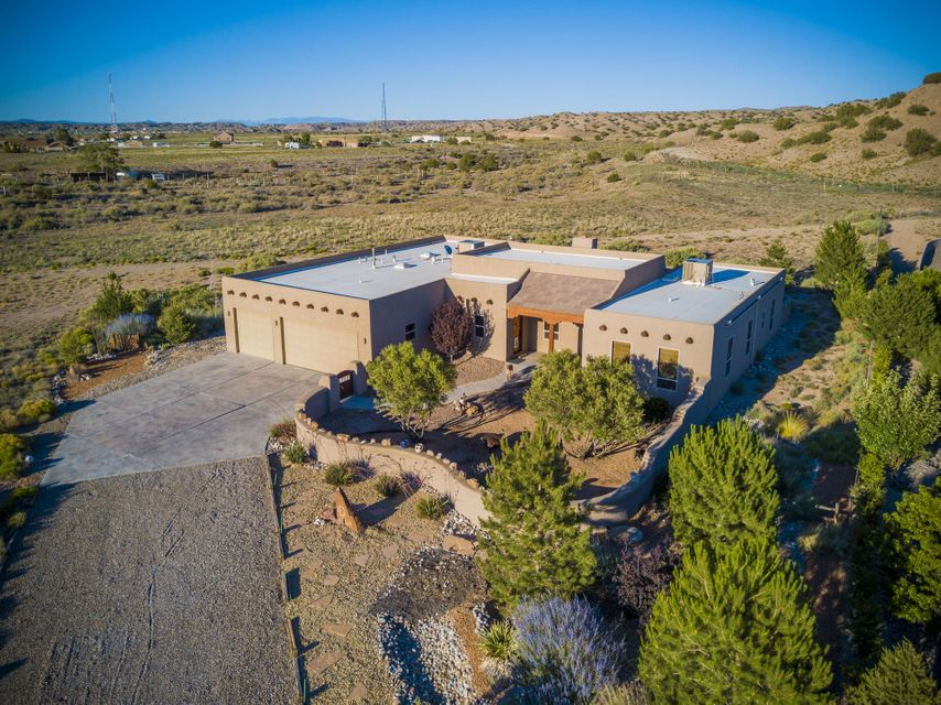 33 Via Luna Drive, Algodones, NM 87001