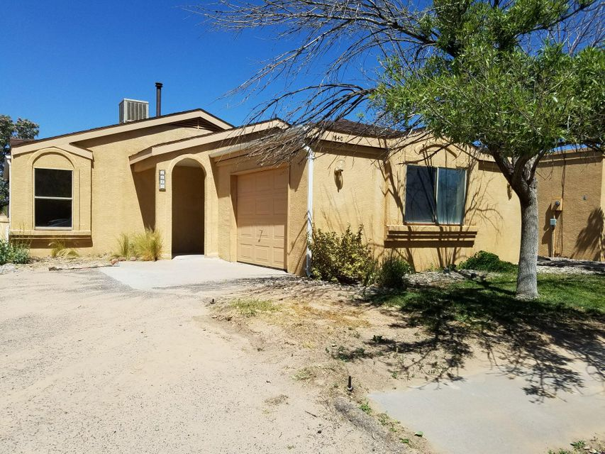 1640 Evelyn Drive NE, Rio Rancho, NM 87144