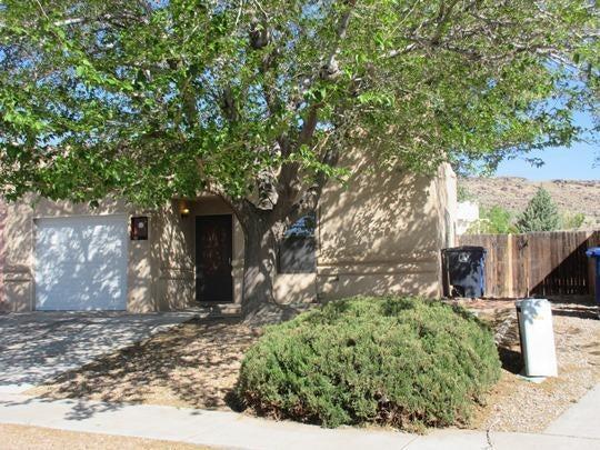 7009 Armand Road NW, Albuquerque, NM 87120