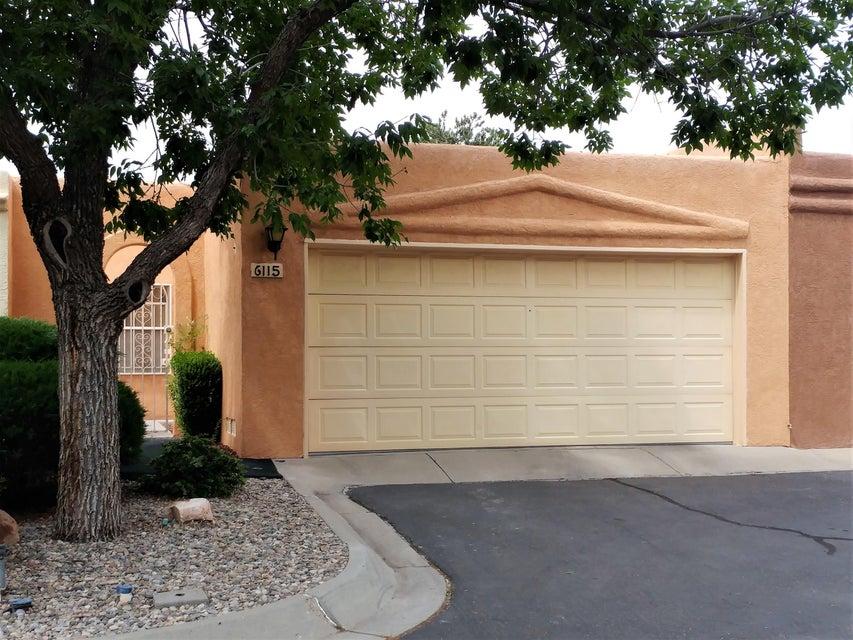 6115 Del Campo Place NE, Albuquerque, NM 87109
