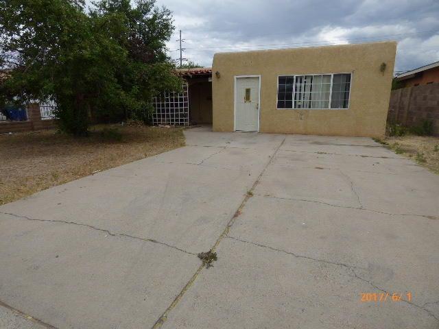 240 Glorieta Street NE, Albuquerque, NM 87123