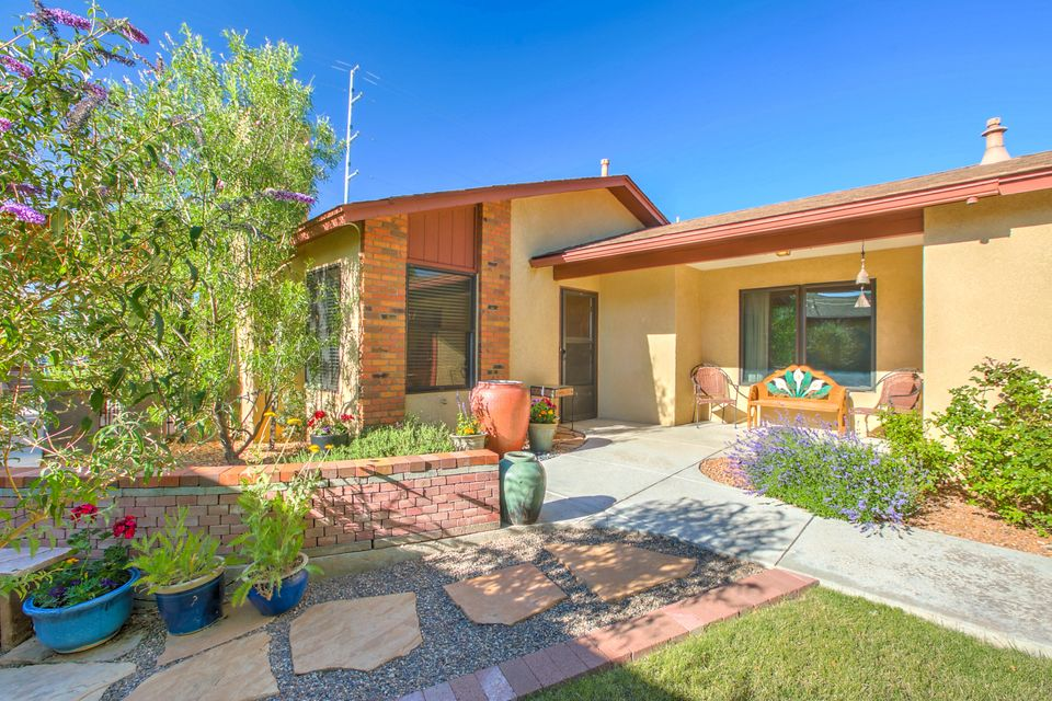 10509 Clyburn Park Drive NE, Albuquerque, NM 87123