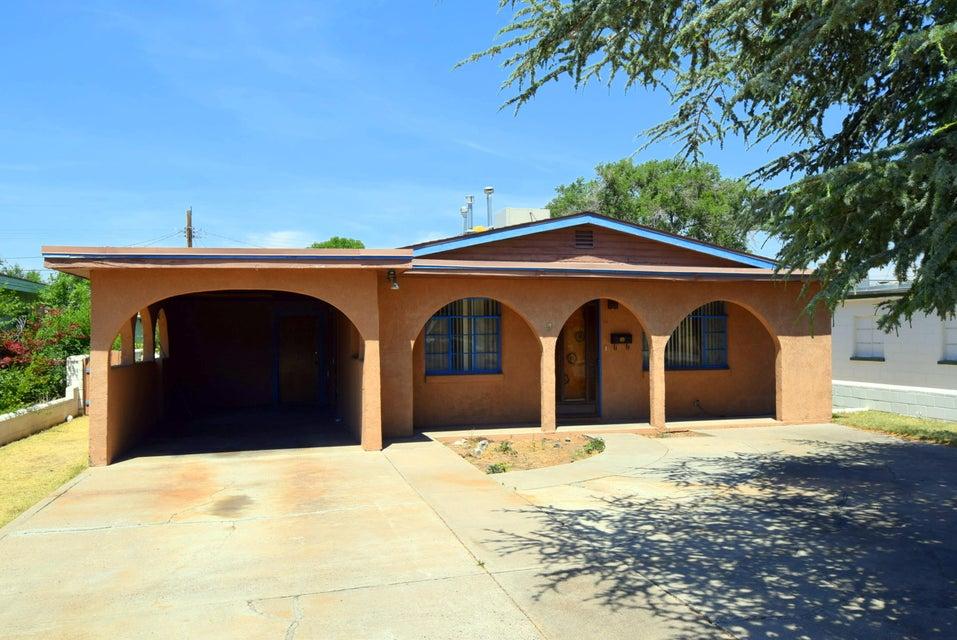 629 Cardenas Drive SE, Albuquerque, NM 87108