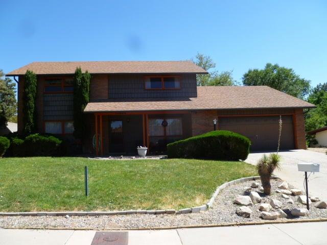 12404 View Court NE, Albuquerque, NM 87112