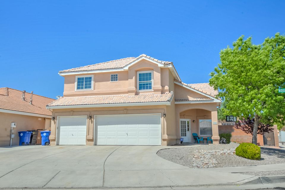 4201 Ridgerunner Road NW, Albuquerque, NM 87114