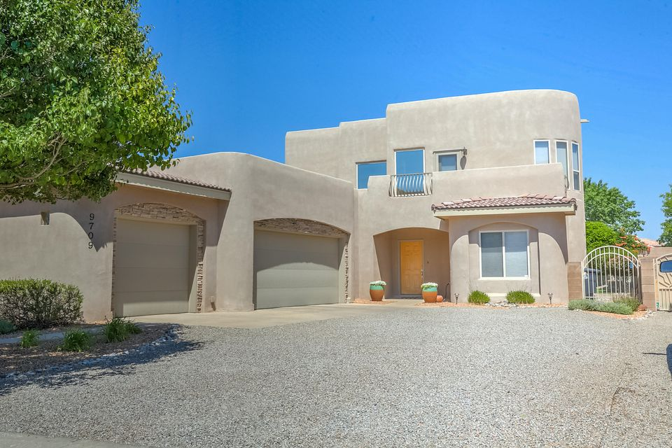 9709 Bajada Drive NW, Albuquerque, NM 87114