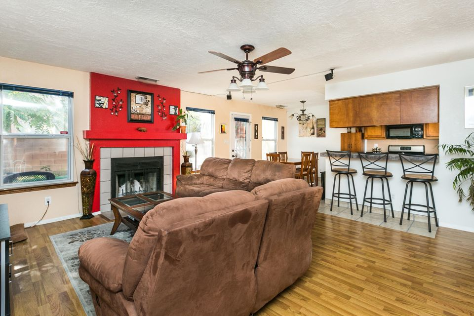 3008 Bright Star Drive NW, Albuquerque, NM 87120