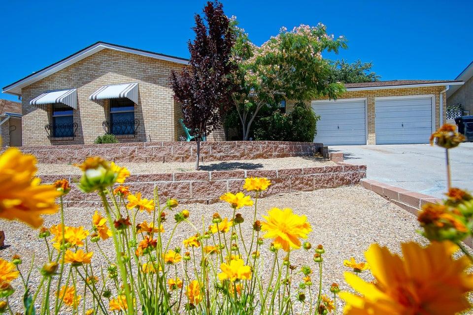 6419 Cathy Avenue NE, Albuquerque, NM 87109