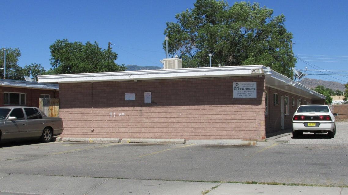 304 Texas Street SE, Albuquerque, NM 87108