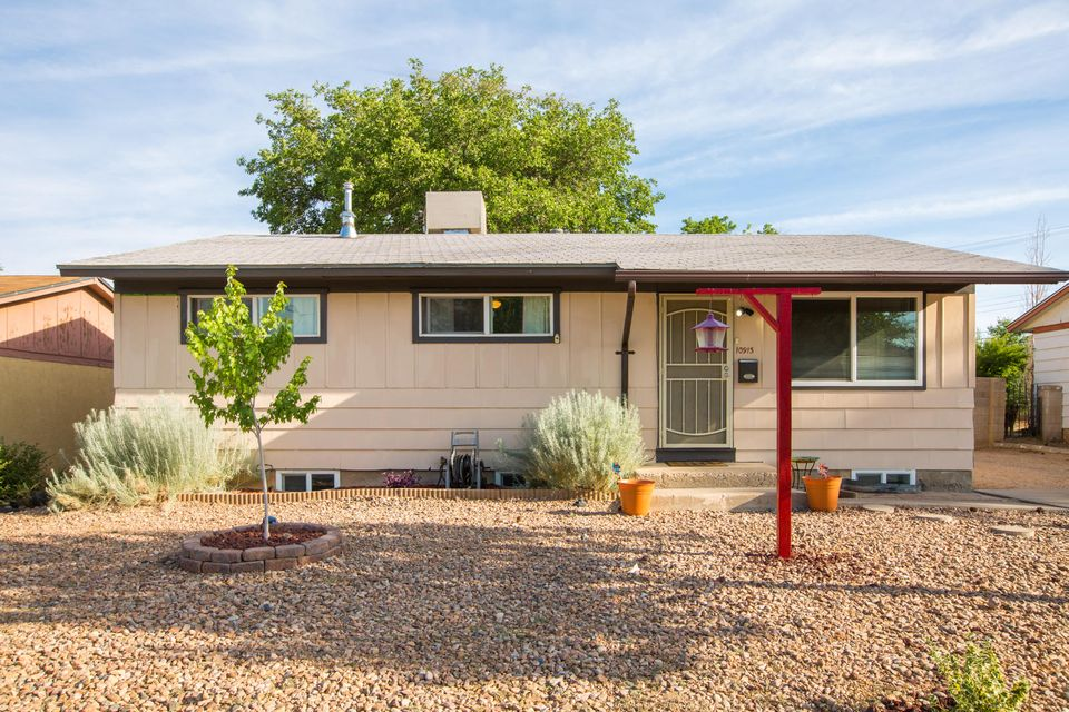10913 Lexington Avenue NE, Albuquerque, NM 87112