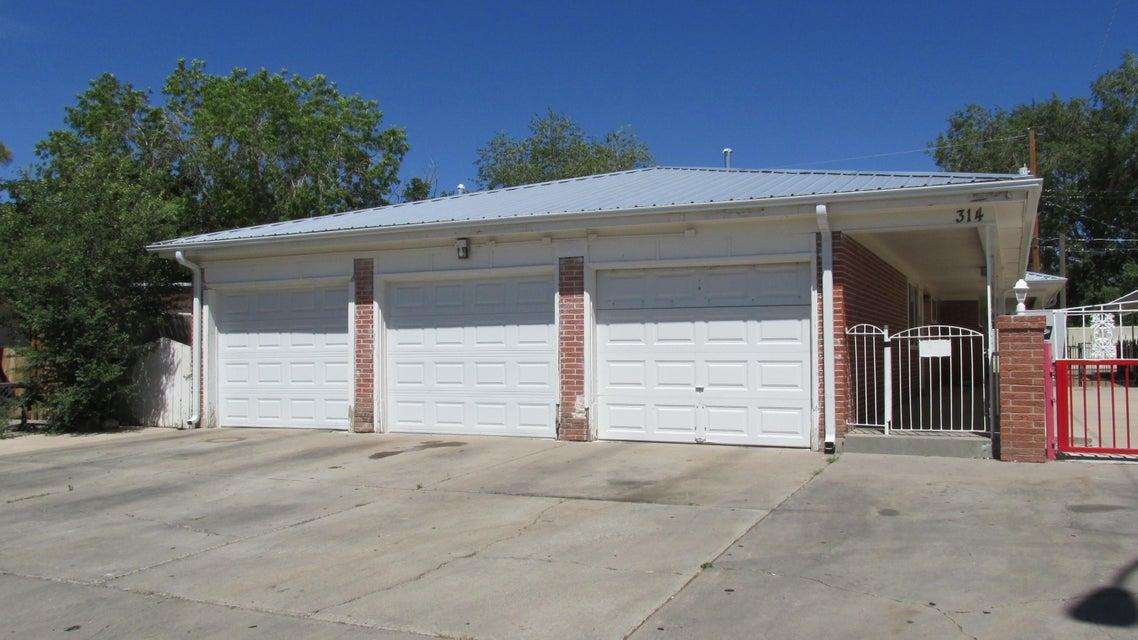 314 Tennessee Street SE, Albuquerque, NM 87108