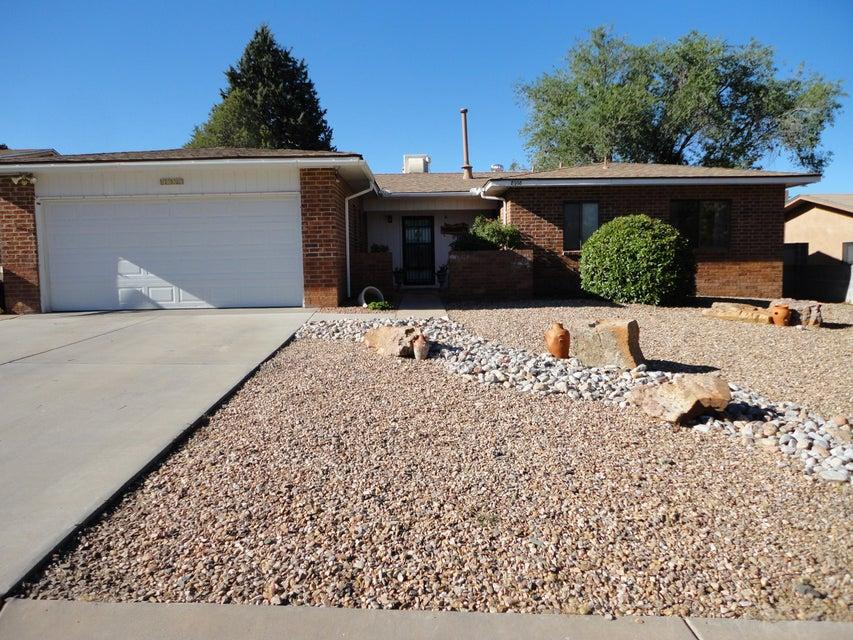 8908 Rough Rider Road NE, Albuquerque, NM 87109