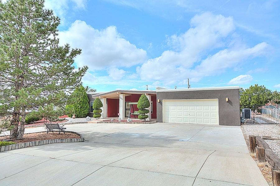 207 Trimble Boulevard NE, Albuquerque, NM 87123