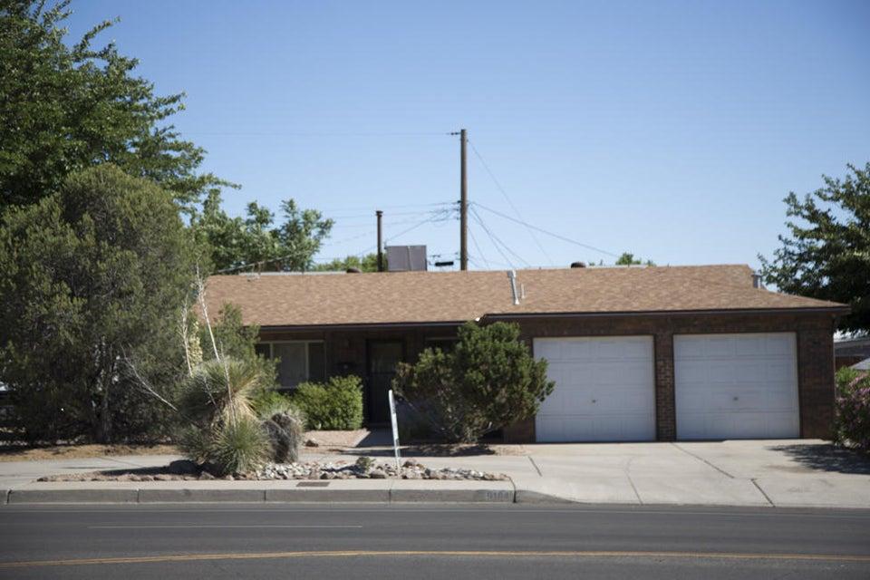 9104 NE Comanche Road NE, Albuquerque, NM 87111
