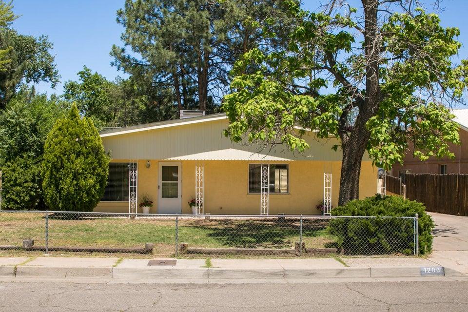 1206 Lester Drive NE, Albuquerque, NM 87112
