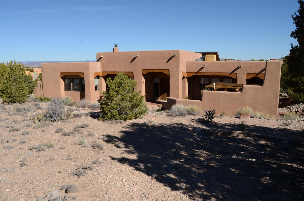 45 Calle Del Norte, Placitas, NM 87043