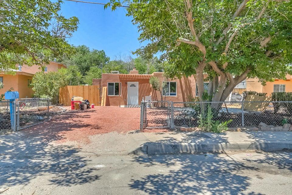 4417 6th Street NW, Albuquerque, NM 87107