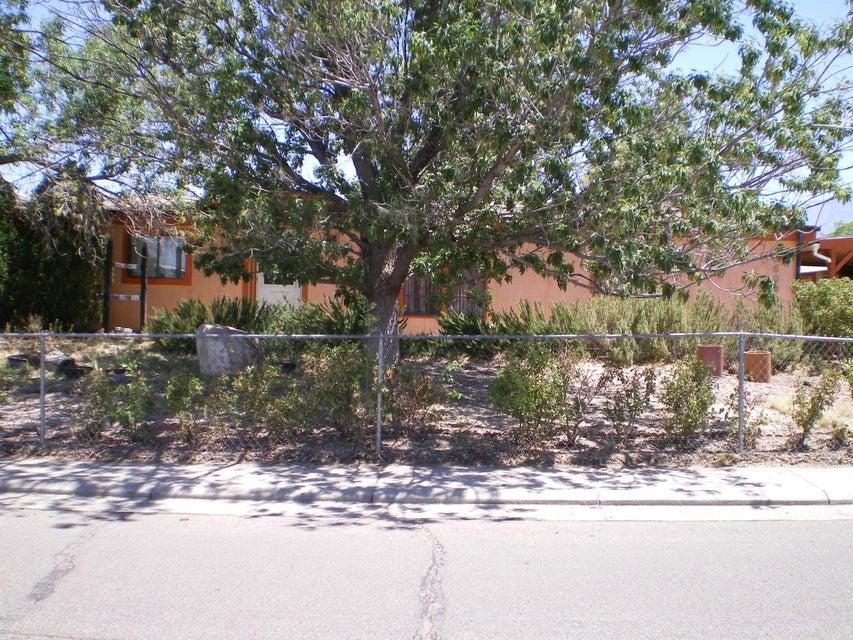 6609 Jade Park Avenue NE, Albuquerque, NM 87109