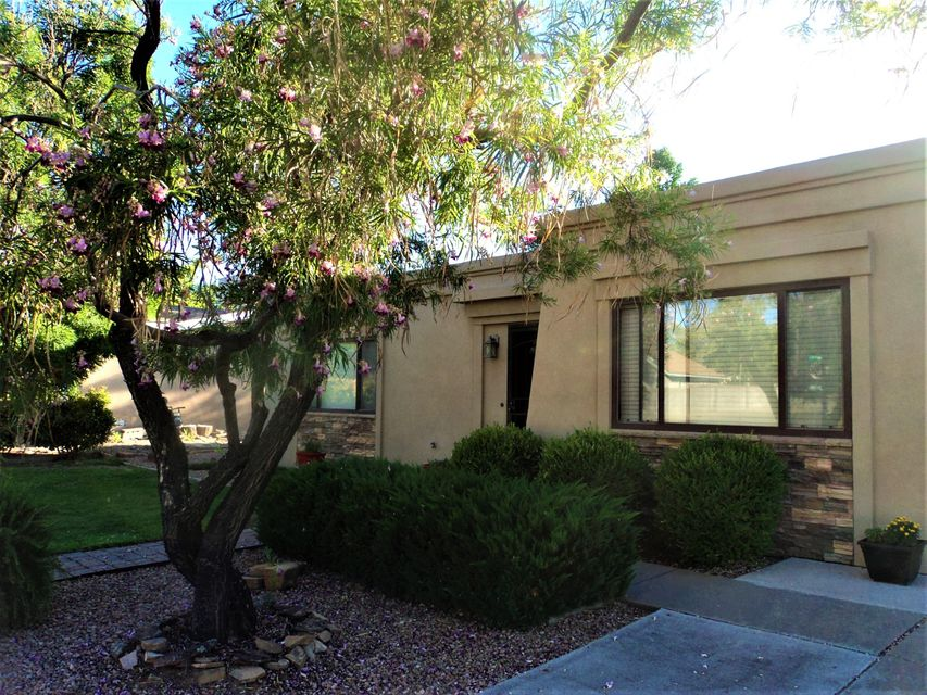 4605 Jennifer Drive NE, Albuquerque, NM 87109