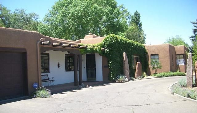 1602 Sigma Chi Road NE, Albuquerque, NM 87106
