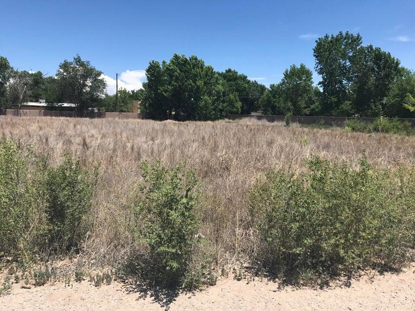 555 NW Field Hawk Trail NW, Albuquerque, NM 87114