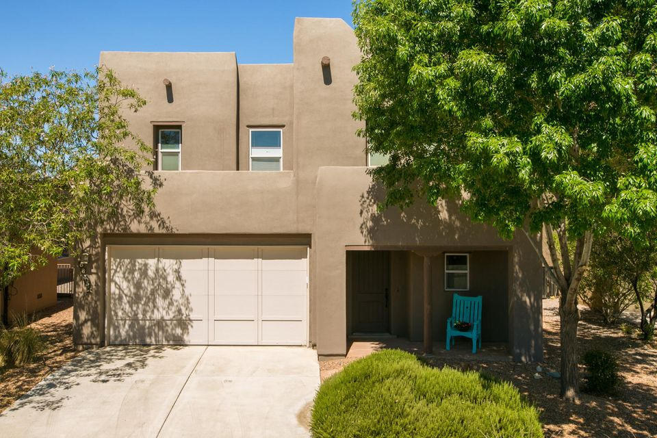 6815 Vista Del Sol Drive NW, Albuquerque, NM 87120