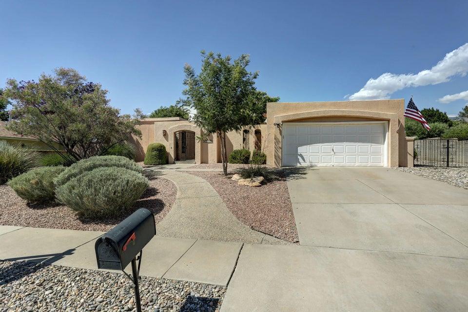 6400 Torreon Drive NE, Albuquerque, NM 87109