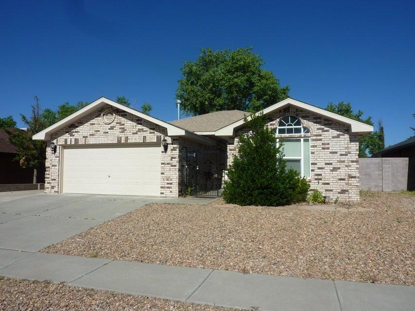 7121 Primrose Drive NW, Albuquerque, NM 87120