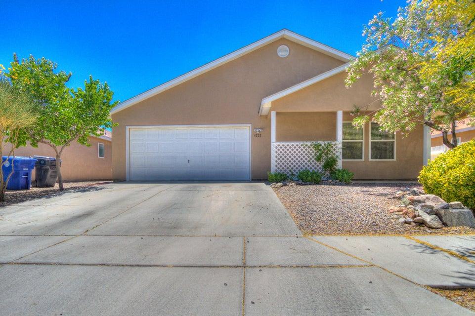 5752 Pinon Flats Road NW, Albuquerque, NM 87114