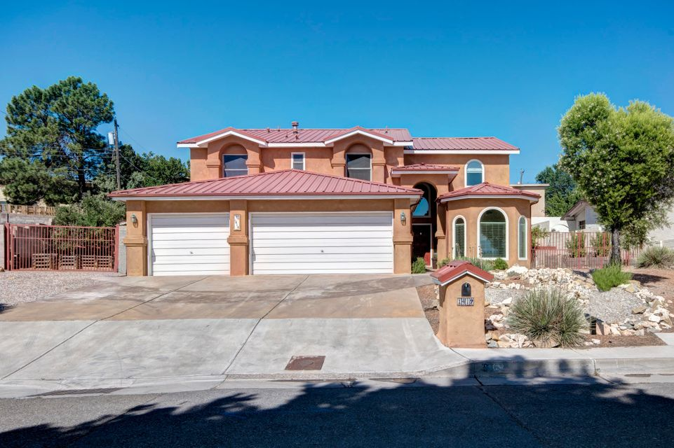 1419 Crescent Drive NW, Albuquerque, NM 87105