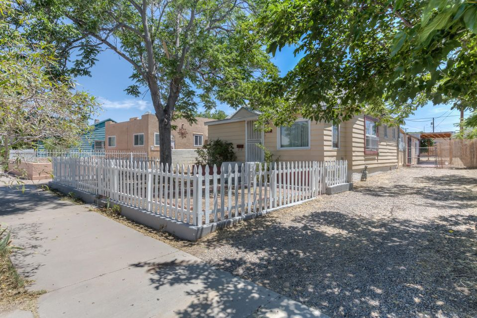 614 High Street SE, Albuquerque, NM 87102