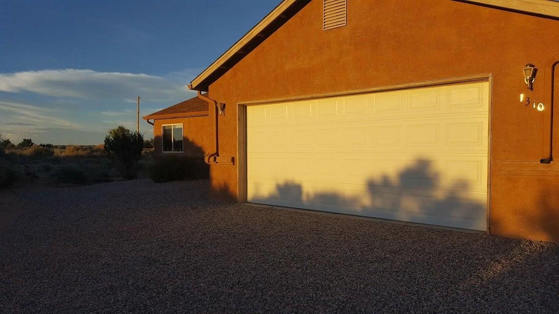 1310 Iglesia Street SW, Rio Rancho, NM 87124