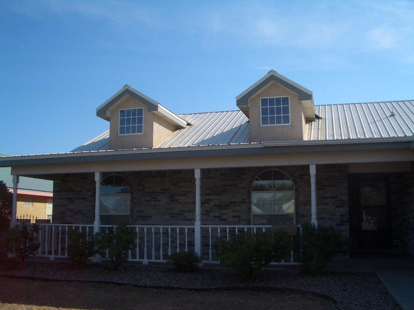 1006 Parkview Drive, Los Lunas, NM 87031