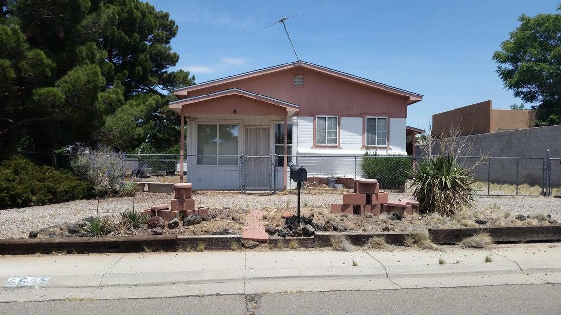 6625 San Luis Obispo Avenue NE, Albuquerque, NM 87109