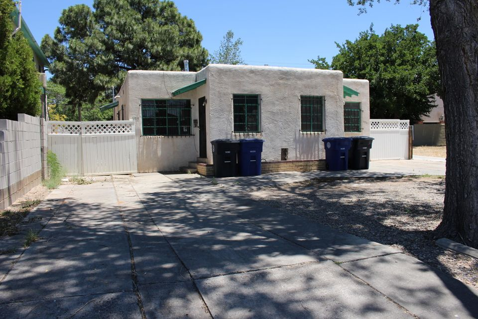504 Columbia Drive SE, Albuquerque, NM 87106