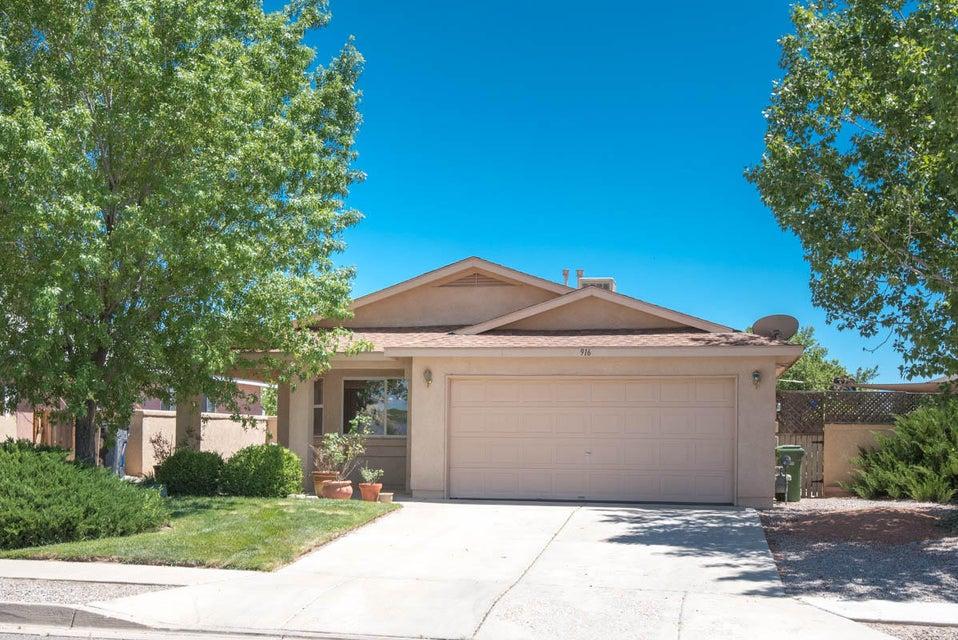 916 Somerset Meadows Drive NE, Rio Rancho, NM 87144