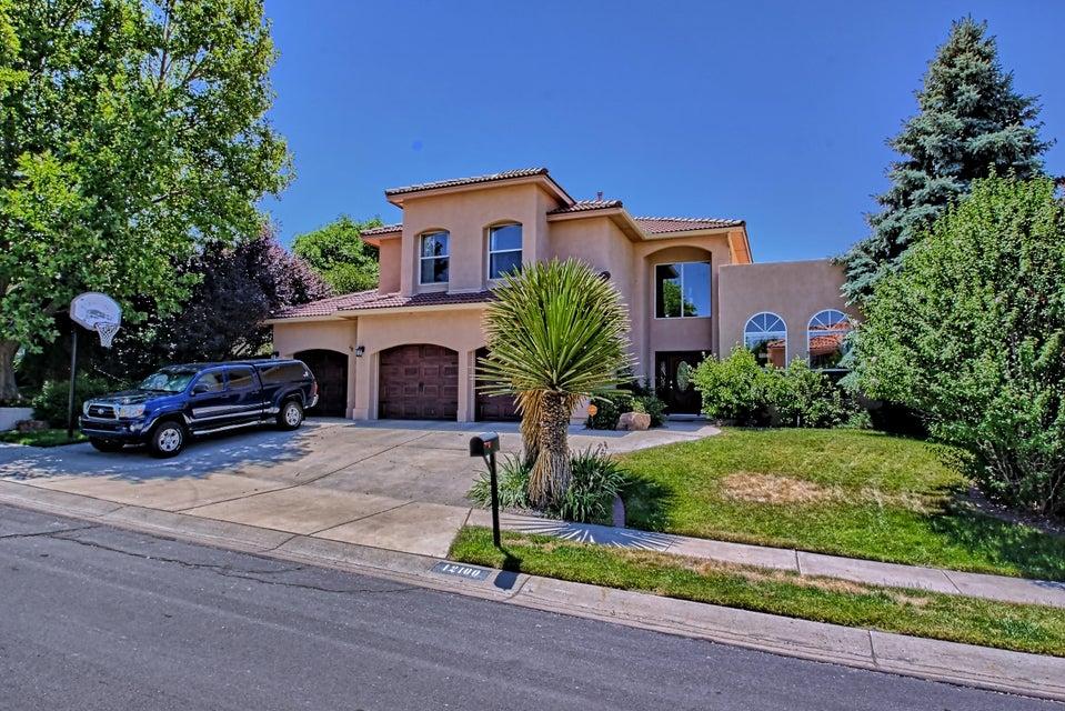 12100 Persimmon Avenue NE, Albuquerque, NM 87111