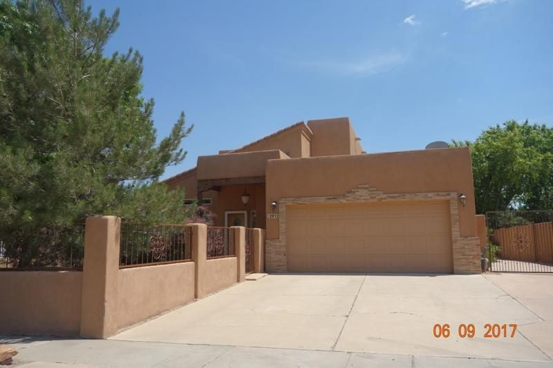 2912 Dona Teresa Place SW, Albuquerque, NM 87121