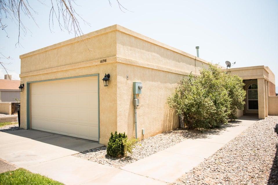 1696 Plum Road NE, Rio Rancho, NM 87144
