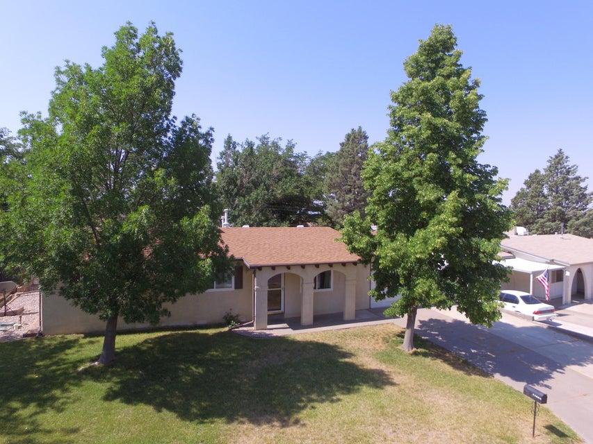 11804 Marquette Avenue NE, Albuquerque, NM 87123